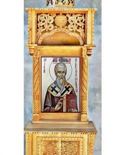 baldachin sculptat pentru moaste biserica
